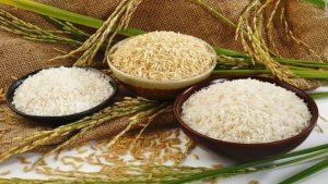 cách làm bột gạo cho bé ăn dặm